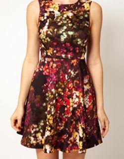Karen Millen  Vestido entallado de flores con vuelo de algodón de Karen Millen en