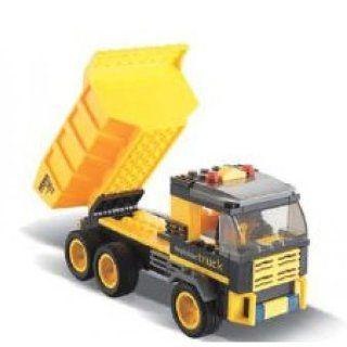Dump Truck BricTek Building Block Set   142 Pieces Toys & Games