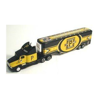 Pittsburgh Pirates 2006 1:64 Throwback Tractor Trailer : Sports Fan Toy Vehicles : Sports & Outdoors