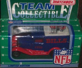 Buffalo Bills 1990 Matchbox White Rose NFL Diecast Ford Model A Truck Collectible Car : Sports Fan Toy Vehicles : Sports & Outdoors