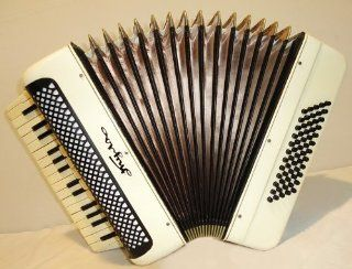 Very Nice Russian Piano Tylskiy Accordion Tula. Perfect for Beginner or Children Musical Instruments