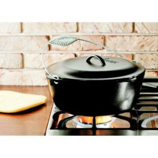 Lodge Logic Dutch Oven with Spiral Bail and Iron Cover   Dutch Ovens