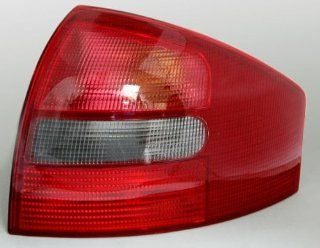 Right Tail Light Lamp Red Genuine Smoked For Audi A6 C5 98 1999 2000 01 02 2003 2004 Parts Number 4B5 945 096: Automotive