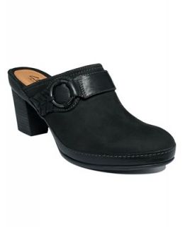 Clarks Womens Gallery Quill Clogs   Shoes