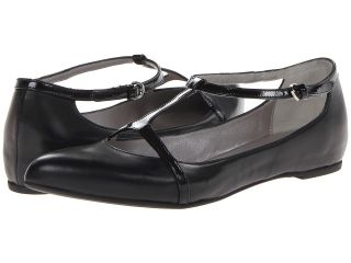 Aquatalia by Marvin K. Yasmine Womens Flat Shoes (Black)