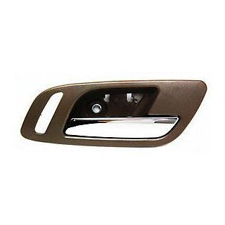 CHEVY AVALANCHE 07 12 FRONT DOOR HANDLE RIGHT INSIDE, Lever & Housing (Cashmere) Automotive