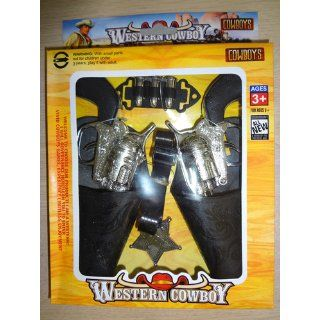 """COWBOY DOUBLE GUN AND HOLSTER SET BROWN OR BLACK SENT AT RANDOM   FOR KIDS ONLY  NOT SUITABLE FOR ADULTS  APPROX 6 1/2"""" IN SIZE (PLEASE SEE PHOTOS 1 AND 2 FOR 2 DESIGNS BEING SHIPPED AT RANDOM) Toys & Games"""