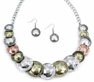 "Chelsea Hill Jewelry Set, 18"" Tri Tone Silver Tone, Gold Tone, and Rose Gold Tone Hammered Disc Statement Necklace and Earrings Set: Chelsea Hill: Jewelry"