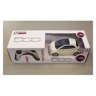 Genuine Fiat 500 Radio Controlled Car in White 124 Scale