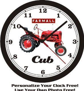 1949 FARMALL CUB TRACTOR WALL CLOCK FREE USA SHIP