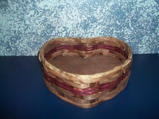 """Amish Handmade Primitive Medium Heart Country Basket. Measures 10"""" X 6 1/4"""". An Adorable """"Heart robbing"""" Basket. Use It to Set on the Dresser or Night Stand As Your Catch All Basket; to Hold Your Keys, Love Note, Change, Jewerly or Othe"""