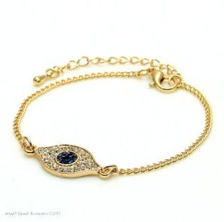 Crystal Lucky Eye Bracelet (Gold Tone), Trendy Style Eye Known to Ward Off Evil, Jewelry Bracelet Gold Tone, Perfect for Every Occasion, Gift and Holidays, Arrives in Gift Box, Jewelry