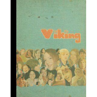 (Reprint) 1975 Yearbook: Dulles High School, Sugar Land, Texas: 1975 Yearbook Staff of Dulles High School: Books