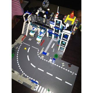 LEGO City T Junction & Curves: Toys & Games