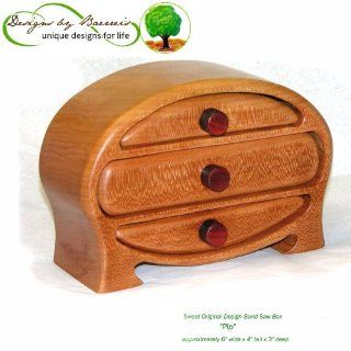 "Baerreis Band Saw Box   Small Oval Dresser Top Box ""Pip"" Style, (cherry with cardinal wood pulls)   Jewelry Chests"