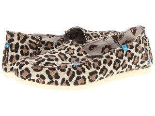 Freewaters Travel Bug Prints Womens Slip on Shoes (Animal Print)