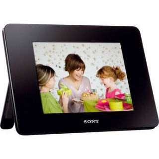 "Sony 8"" Digital Photo Frame (Video and Audio) DPF D830"