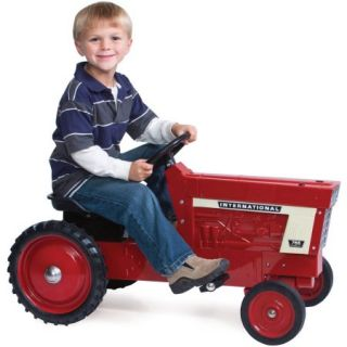 ERTL Case IH Pedal Tractor, Red